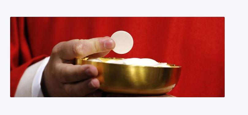 Une image contenant tasse, alimentation, chope, verre  Description générée automatiquement