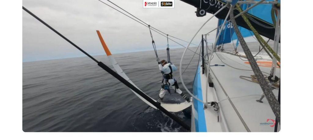 Une image contenant bateau, extérieur, eau, petit  Description générée automatiquement